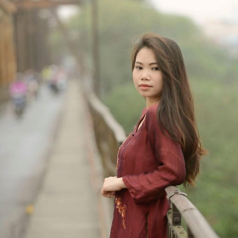 Trương Hồng Hoa Cô sinh viên xuất sắc đạt được học bổng Merit ngành Master of Information Technology (LMIG)...