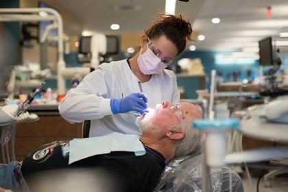 Du học Canada - Confederation College - Ngành Dental Hygiene với cơ hội việc làm lên đến 100% sau khi tốt nghiệp