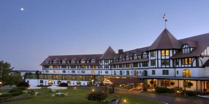 Du học Canada – Ngành xu thế Quản trị khách sạn du lịch...