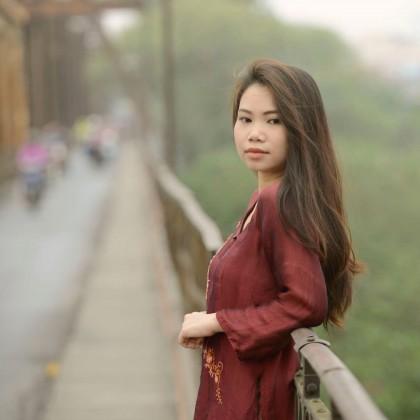 Trương Hồng Hoa Cô sinh viên xuất sắc đạt được học bổng...