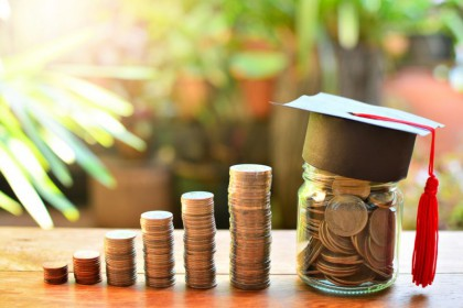 Du học Canada bậc đại học với học bổng lên đến $36,000 năm...