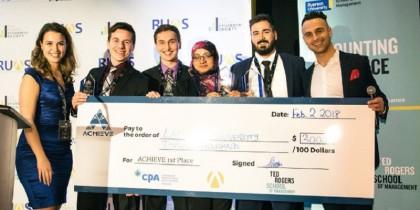 Học sinh Lakehead University chiến thắng cuộc thi lớn nhất Canada trong lĩnh vực Tài chính – Kế Toán