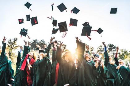 Top 5 trường UK có học phí rẻ nhất cho du học Anh bậc Thạc sỹ