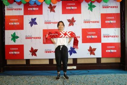 Bùi Thị Ngọc Hà – Cô sinh viên đa tài cầm kỳ thi họa của trường Fanshawe College