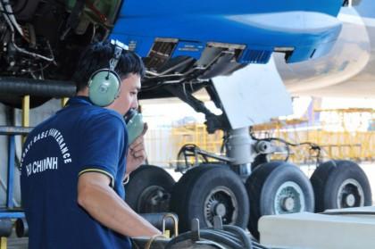 Ngành bảo trì máy bay - Câu chuyện về một ngành khát nhân lực tại Úc