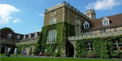 Cơ Hội Nhận Học Bổng Lên Đến 50% Học Phí Tại Trường Đại Học Gloucestershire, UK
