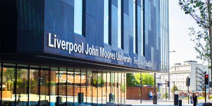 Học bổng du học Anh trị giá tới 210 triệu dành cho các sinh viên quốc tế khi đăng ký khóa học chuyên ngành tại Đại học Liverpool John Moore University
