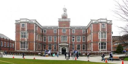 Du học Anh: Học bổng Khoa học Y sinh đến £3,000 tại Đại học Newcastle