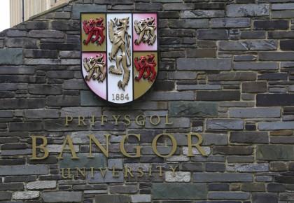 Học bổng HOT du học Anh £12,000 ngành tài chính ngân hàng – Bangor University
