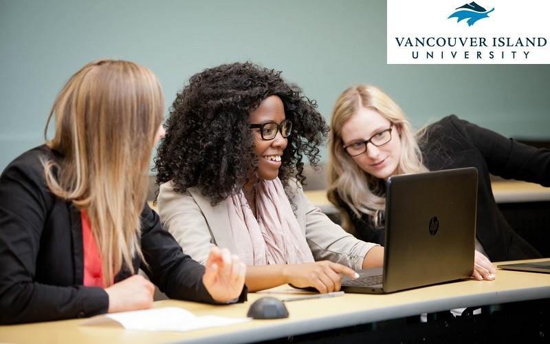 Du học Canada ngành Computer Science - VIU - Cơ hội và triển vọng nghề nghiệp.