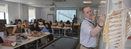 Yêu cầu tuyển sinh khắt khe của ngành Y tại Anh - Tìm hiểu về bài thi UCAT