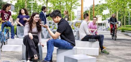 [Updated] Tháng 9 này, du học sinh Hà Lan sẽ học như thế nào?