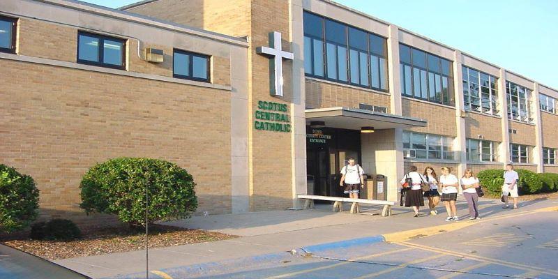 Kết quả hình ảnh cho Scotus Central High School